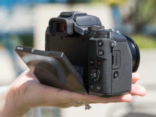 Canon EOS M5 - camera không gương lật đầu tiên của Canon - 8