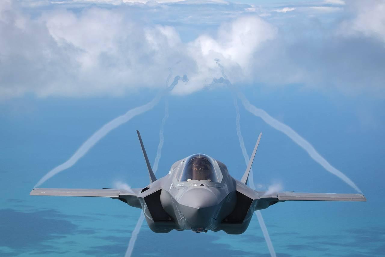 """Chiến đấu cơ Nga, TQ """"áp đảo"""" trên bầu trời châu Âu - 4"""