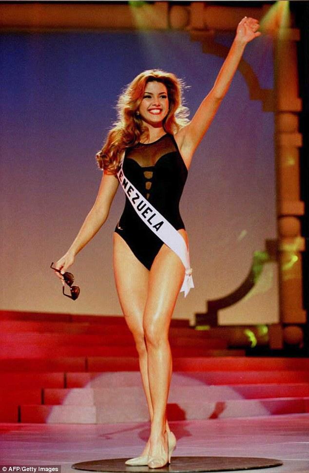 """Người đẹp bị Donald Trump gọi là """"Hoa hậu Lợn"""" là ai? - 1"""