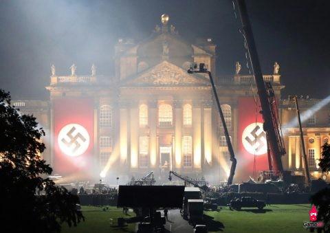 """""""Transformer 5"""" gây bão vì hình ảnh Hitler và Đức quốc xã - 1"""
