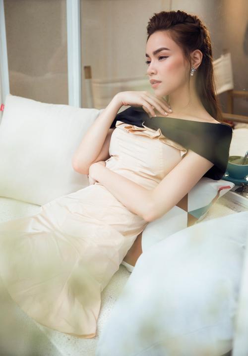 """Ngắm Hồ Ngọc Hà """"đẹp từng centimet"""" ngày trở lại - 4"""