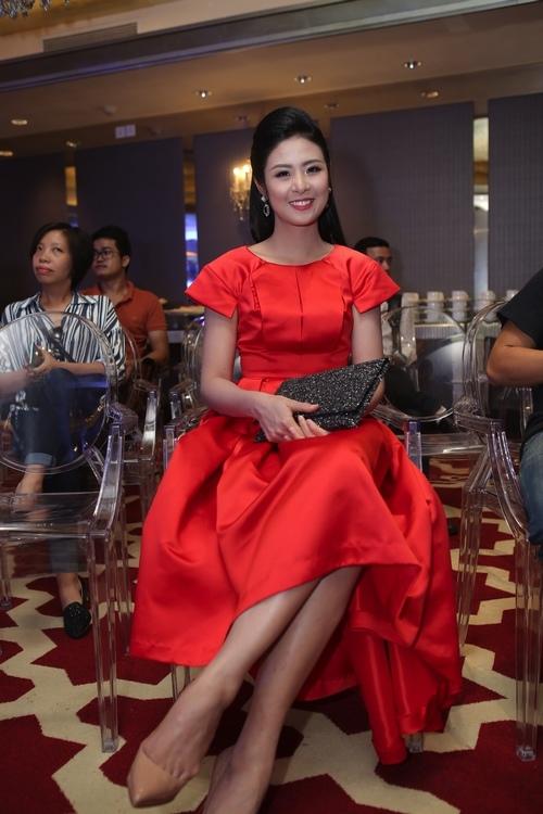 Hoa hậu Ngọc Hân phủ nhận tin đồn kết hôn - 1
