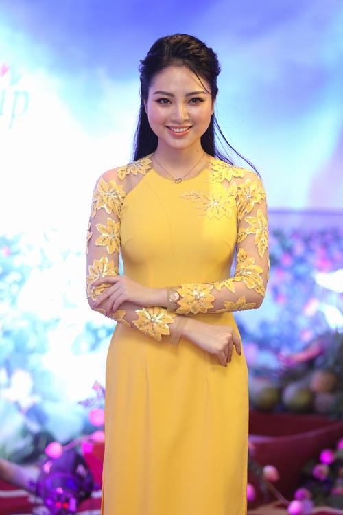 Hoa hậu Ngọc Hân phủ nhận tin đồn kết hôn - 5