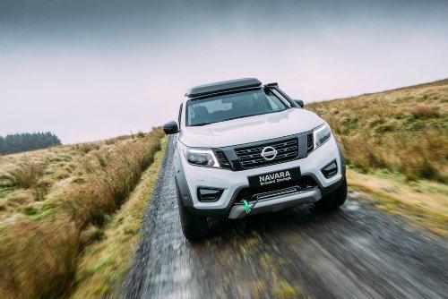 Nissan Navara Enguard: Mẫu bán tải cứu hộ công nghệ cao - 4