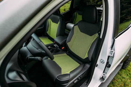 Nissan Navara Enguard: Mẫu bán tải cứu hộ công nghệ cao - 15