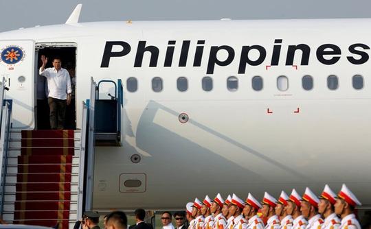 Tổng thống Philippines đến Hà Nội, bắt đầu thăm Việt Nam - 3
