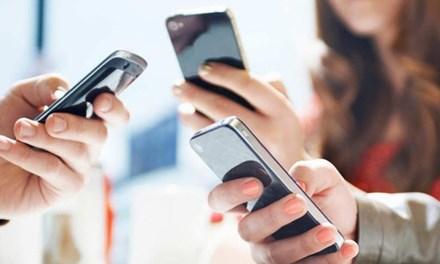 Cảnh báo 'ma trận' dịch vụ gia tăng trên điện thoại di động - 1