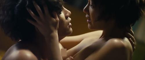 Tình yêu khó tin trong phim 19+ bị cấm chiếu ở Việt Nam - 5