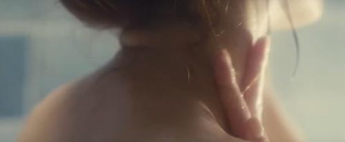 Tình yêu khó tin trong phim 19+ bị cấm chiếu ở Việt Nam - 3