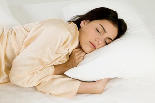Những bí mật kỳ diệu bảo vệ làn da khi bạn ngủ - 1