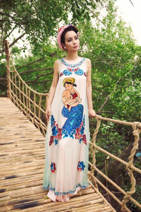 Mai Thu Huyền đẹp lúng liếng với váy họa tiết dân gian - 6