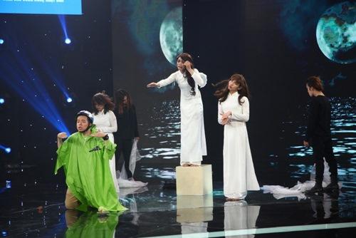 Ốc Thanh Vân giật thót tim trước màn giả gái kinh dị - 1