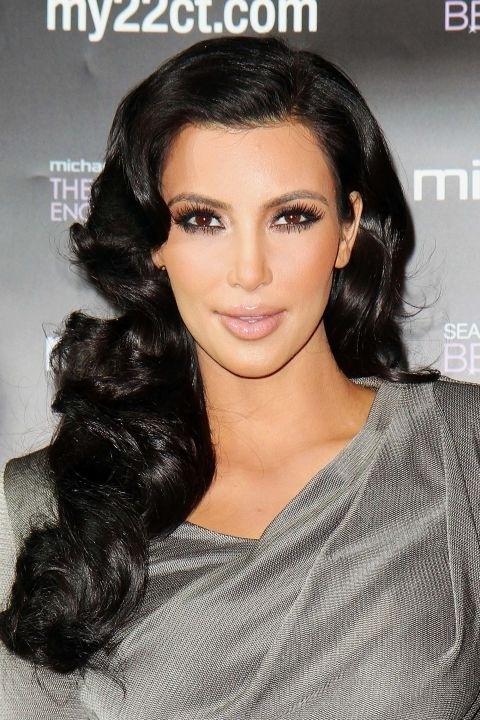 Những mái tóc làm nên tên tuổi Kim Kardashian - 6