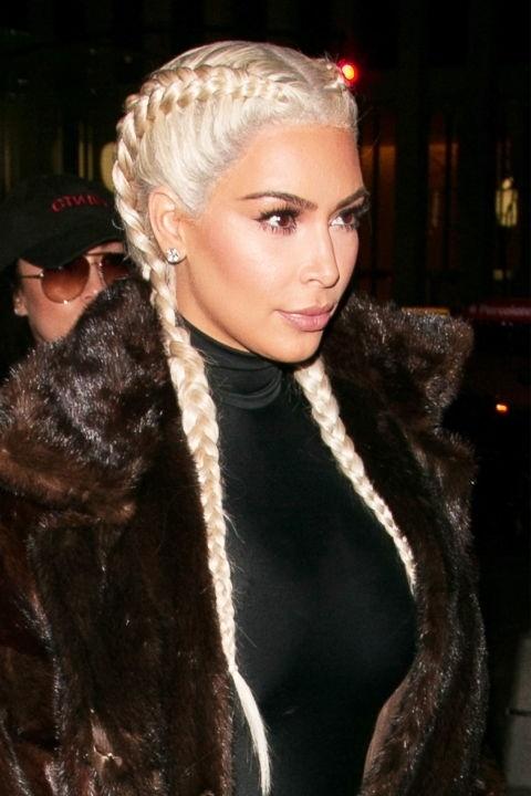 Những mái tóc làm nên tên tuổi Kim Kardashian - 12