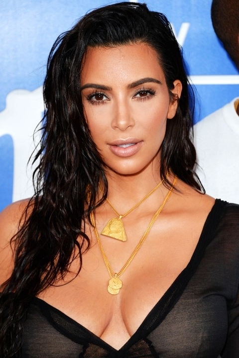 Những mái tóc làm nên tên tuổi Kim Kardashian - 14