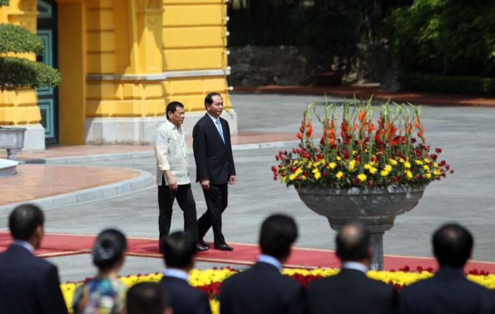 Ảnh: Lễ đón chính thức Tổng thống Philippines thăm VN - 2