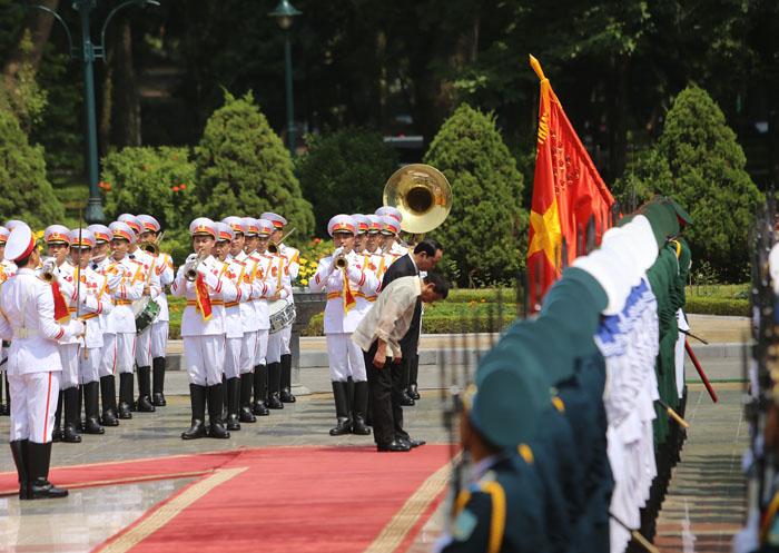 Ảnh: Lễ đón chính thức Tổng thống Philippines thăm VN - 4