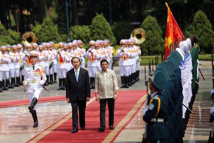 Ảnh: Lễ đón chính thức Tổng thống Philippines thăm VN - 5