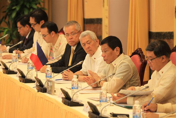 Ảnh: Lễ đón chính thức Tổng thống Philippines thăm VN - 9