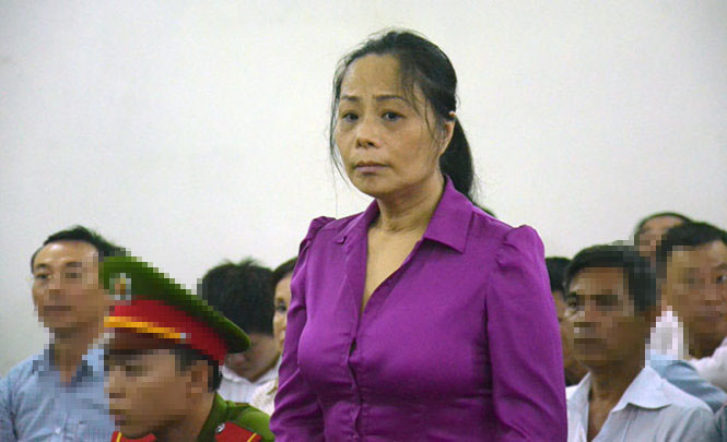 """""""Sốc"""" vì chân dài Việt bị tố cáo, vướng vào lao lý - 8"""