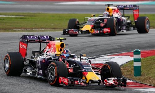 """F1, Malaysian GP 2016: Song đấu quyết """"ăn thua đủ"""" - 2"""