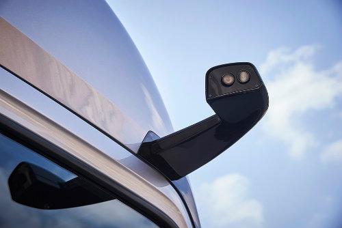Soi xe tải điện công nghệ cao Mercedes-Benz Urban eTruck - 2