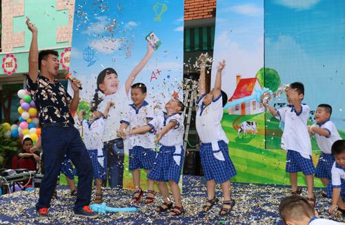 Vinamilk 10 năm sát cánh cùng sữa học đường - 6