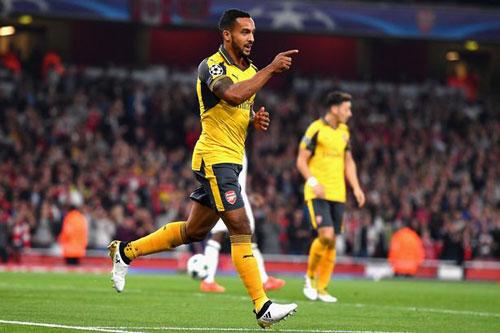 Arsenal: 4 bàn/3 trận, Walcott vẫn bị nhắc chớ ảo tưởng - 1