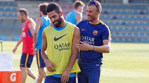 Barca: Turan còn hơn cả lấp chỗ trống cho Messi - 2