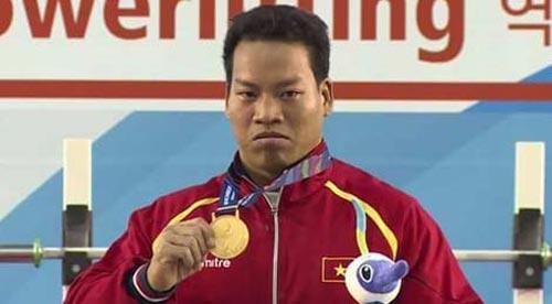 Tin thể thao HOT 29/9: Lê Văn Công nhận thêm 10.000 USD - 1
