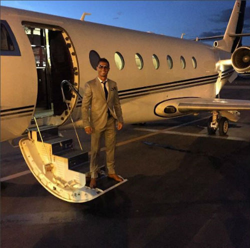 Máy bay của Ronaldo gặp tai nạn ở Barcelona - 5