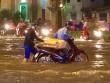 """Vì sao """"Sài Gòn thất thủ"""" sau trận mưa lịch sử?"""