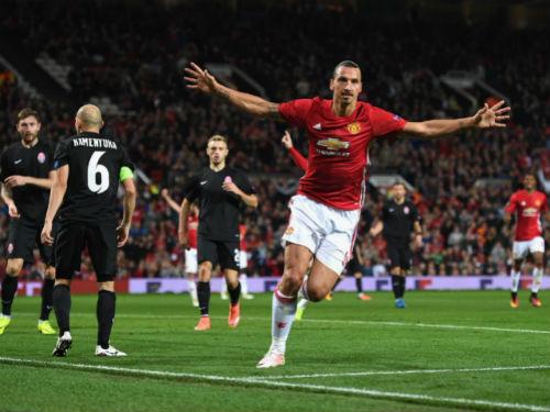 MU đá kém, Mourinho nổi xung mắng trợ lý - 3