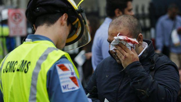 Tàu tốc độ cao đâm nhà ga ở Mỹ, hơn 100 người bị thương - 3