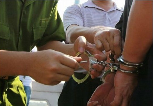 """Vào tù vì """"vướng lưới tình"""" trẻ vị thành niên (P.2) - 1"""