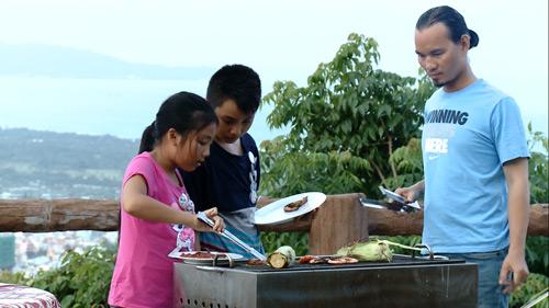 Vân Quang Long – Thụy Vũ trổ tài nấu ăn trên truyền hình - 3