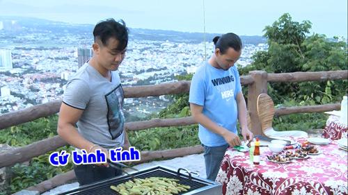 Vân Quang Long – Thụy Vũ trổ tài nấu ăn trên truyền hình - 2