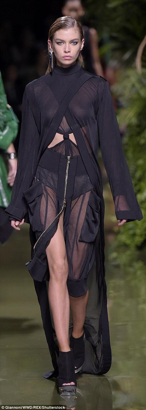 Cô Kim khoe đường cong siêu tưởng với váy nghìn lỗ - 10