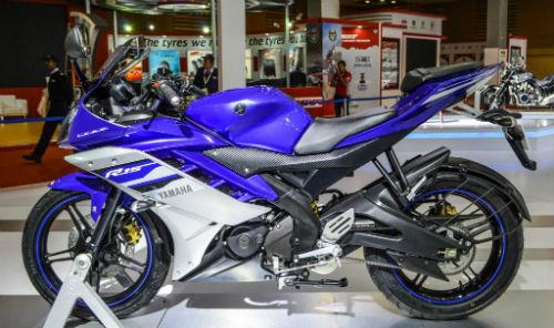 2017 Yamaha R15 v3.0 mang piston lớn hơn - 1