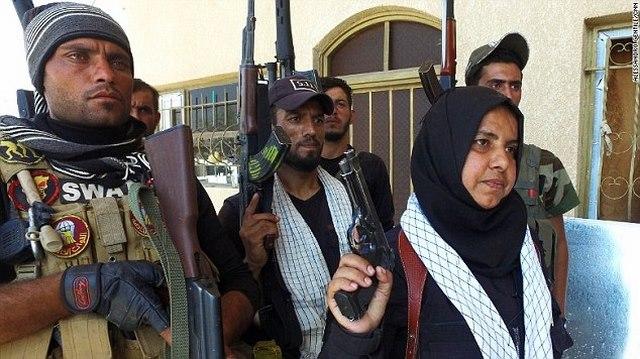 Góa phụ chuyên chặt đầu, thiêu xác khủng bố IS ở Iraq - 2