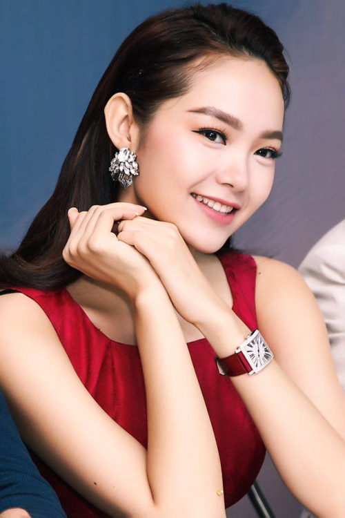 Choáng với đồng hồ kim cương tiền tỷ của giai nhân Việt - 10