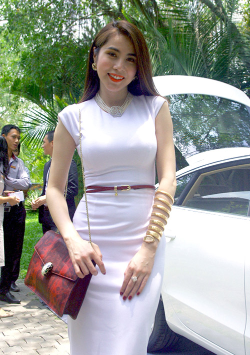 Choáng với đồng hồ kim cương tiền tỷ của giai nhân Việt - 8