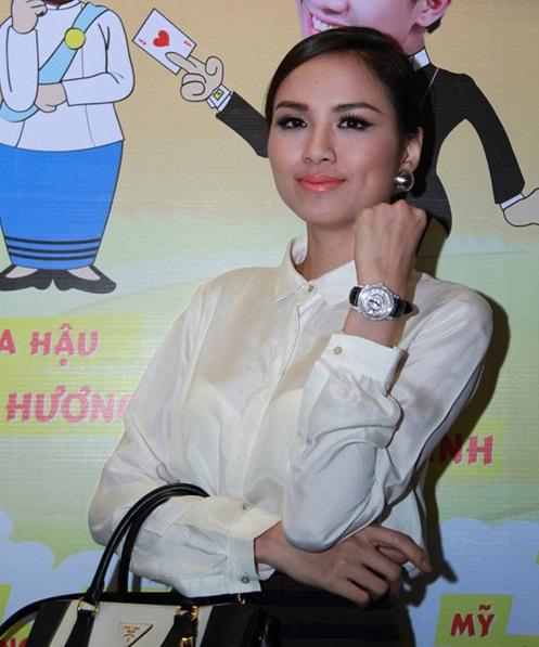 Choáng với đồng hồ kim cương tiền tỷ của giai nhân Việt - 14