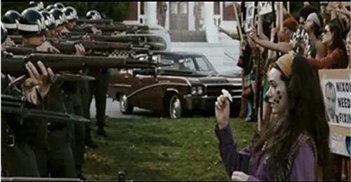 """Video: Lịch sử """"sống lại"""" trong phim siêu anh hùng Watchmen - 5"""