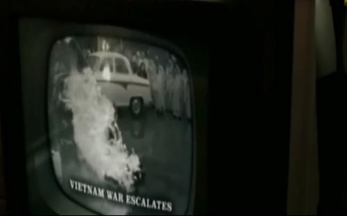 """Video: Lịch sử """"sống lại"""" trong phim siêu anh hùng Watchmen - 7"""