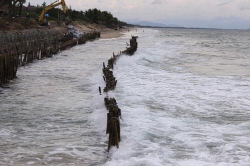 Từng lọt top 25 bãi biển đẹp nhất châu Á, nhưng Cửa Đại đang có nguy cơ bị xóa sổ - 2
