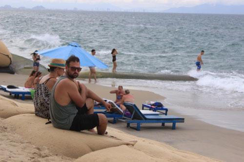Từng lọt top 25 bãi biển đẹp nhất châu Á, nhưng Cửa Đại đang có nguy cơ bị xóa sổ - 7