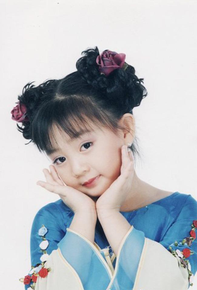Có thể nói, Xuân Mai là em bé nổi tiếng nhất ở Việt Nam và nổi lâu dài nhất ở Việt Nam.
