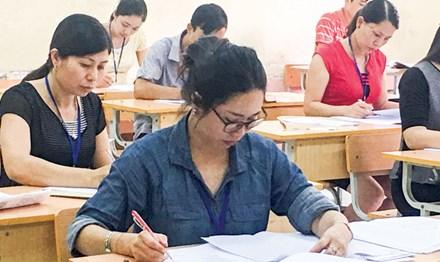 Công bố điểm thi THPT quốc gia: Lo TPHCM và Hà Nội quá tải - 1