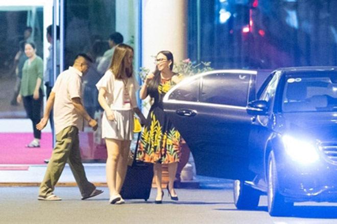 Em gái Cẩm Ly mua chuyên cơ mới đặt tên theo tên con gái - 3